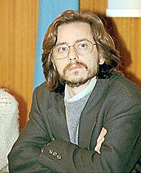http://contrabandos.org/wp-content/uploads/2012/03/Carlos_Varea_AUTOR.png